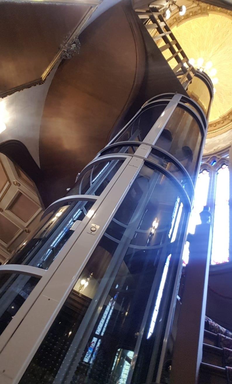 Elevador PVE52 instalado en Colorines SPGG